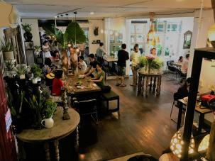 very nice cafés and restaurant all over chiang mai